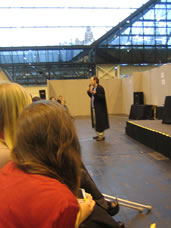 Lance Henriksen addresses the audience at Collectormania Manchester (Nov 07)- click for full size.